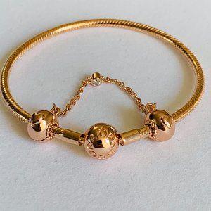 COPY - NEW Pandora Rose Gold Bracelet & Safety Ch…